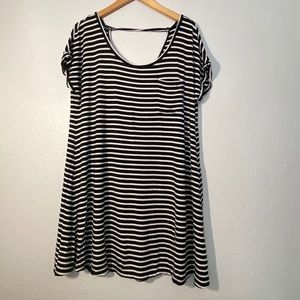 American Eagle Striped Black & White Swing Dress-L